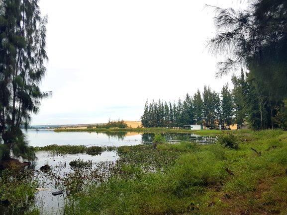 Mui Ne Lake