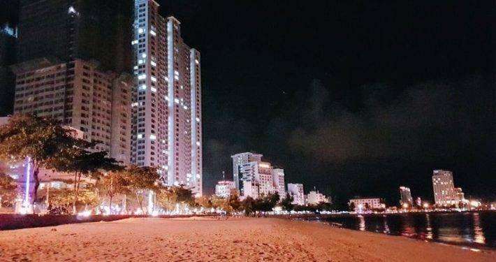 Nha Trang beach by night