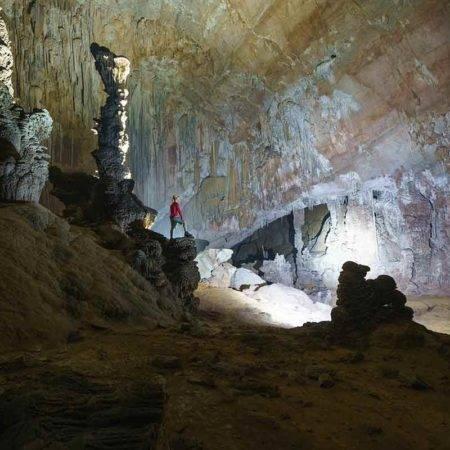 Hang Pygmy Cave