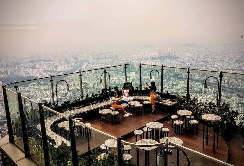 Blanc Lounge im Landmark 81